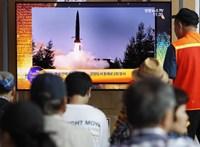 Felhúzta magát Észak-Korea, inkább rakétáznak, mint béketárgyalnak