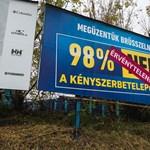 Jogsértőek lehetnek a kormány új plakátjai is