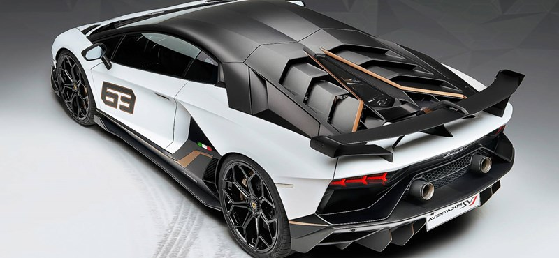 Elkobozták a Manchester City játékosának Lamborghinijét, mert se engedélye, se biztosítása nem volt