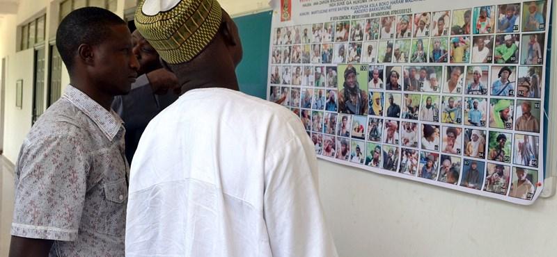 Több tucat diáklányt rabolt el a Boko Haram