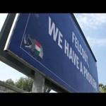 Videó: Simicska savköpő majmával kellett egyezkedni a felcsúti plakátokról