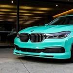 Határozottan nem való mindenkinek ez a pisztácia színű luxus BMW