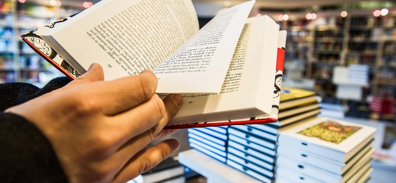 Nem sikerült lenyomnia a könyvesboltokat az online vásárlásnak
