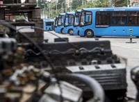 A tüntetés alatti lezárásokra figyelmeztet a BKK