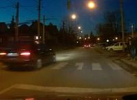 A nap videója: a pomázi BMW-s, akit nem hagyon hatott meg a zebránál álló gyalogos