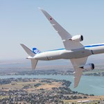 Leszállás nélkül 17 órányi repülés, a gép bírja, de mit szól az utas?