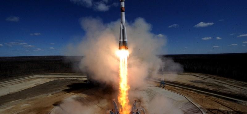 Fellélegezhetnek az oroszok: pályára állt a Szojuz–2.1a