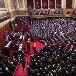 Hollande Obamát és Putyint hívja harcba, alkotmányt is módosítana