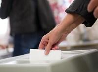 Részegekkel és firkálókkal kell küzdeniük a szavazatszámlálóknak