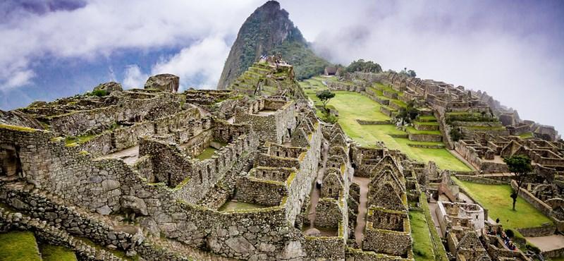 Raziskuje Machu Picchu, katerega rezultat je mogoče znova napisati