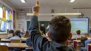 Döntött a kormány: normál tanrend szerint kezdődik az iskola idén