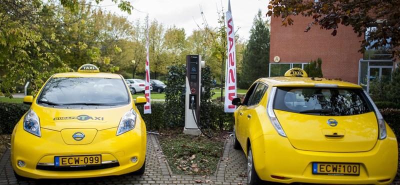 Belső tanulmány: bukta lenne a fővárosi taxis cég