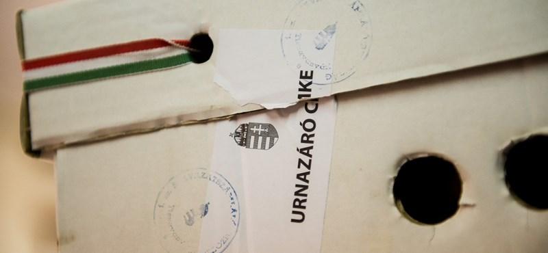 Szavazókat buszoztatott az MSZP-Együtt: nyomozást rendelt el az ügyészség