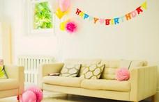 Összefogott a környék az izomsorvadásos kisfiúért, parádéval ünnepelték meg a születésnapját