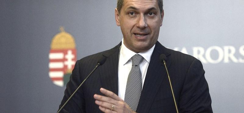 """Lázár: """"Orbánnak is be kellett mutatnia a gázbojlerről a számlát"""""""