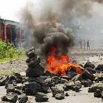 Terjed az ebola, abba kell hagyni a háborút