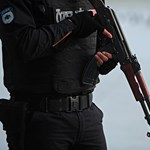 Tűzharc árán állítottak meg terroristákat az orosz biztonsági erők