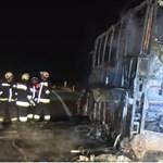 Porig égett egy lengyel busz az M3-ason éjszaka