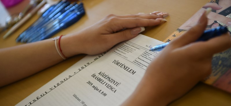 A héten kezdődik az őszi érettségi: szintemelő és javító vizsgát tesznek a legtöbben