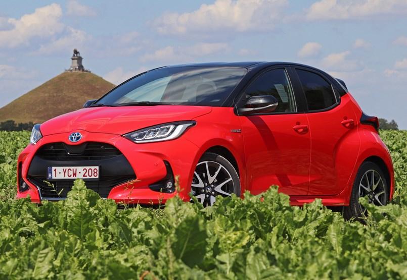 Alig fogyaszt valamit: kipróbáltuk az új hibrid Toyota Yarist