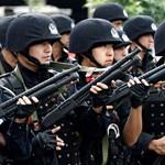 """Kína elismerte, hogy """"átnevelés"""" alá vetettek embereket"""