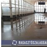 Sufni tuning Ferihegynél: ragasztószalaggal szigeteli a MÁV a beázó felüljárót