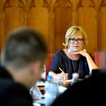 Handó Tünde parancsa: mindenki írja le bírósági ellenzékének három bűnét