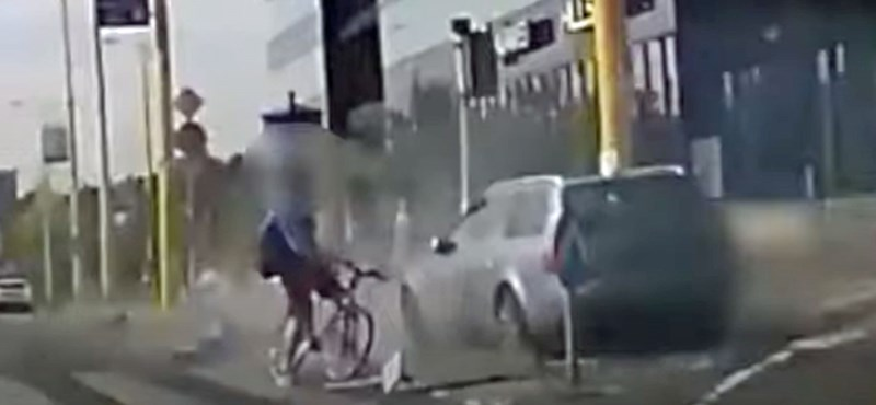 Majdnem elgázolt két embert egy autós az Alkotás úton – videó