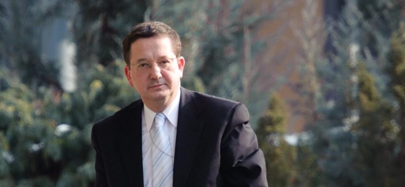 Illés Zoltán: Orbánék dinasztiát építenek