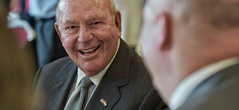 """Cornstein a jövő héten találkozik a """"legfontosabb emberrel"""", Orbánnal"""