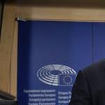 Elgáncsolták a fideszesek az Orbánra nézve ciki javaslatot