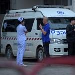 Ma kiengedik a kórházból a barlangból mentett thai fiúkat