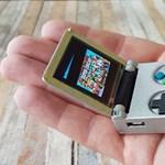 Ezzel a kulcstartóra tehető Game Boy-jal tényleg lehet játszani – videó