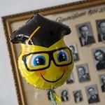Ne feledkezzetek meg a tanárokról: ballagási ajándék fillérekből