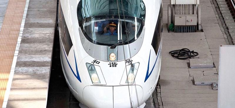 Elképzelhetetlenül sok pénzt öl Kína a vasútba