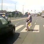 4000 gyalogátkelő kap jobban látható táblákat