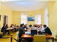 Pálffy Ilona: Segíteni kell az Ukrajnából jövő szavazókat
