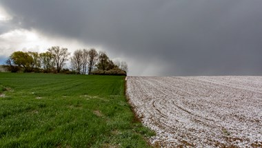 Tíz fok sem lesz szerdán, keleten havazás is várható