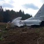 Videón a repülőbaleset: látták, hogy baj van, de már nem tudott időben megállni egy orosz bombázó