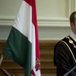 A Kúria szerint sem gond, hogy az NVB-elnök rektor és az Államreform Bizottság elnöke is egyben