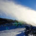 Hóágyú végzett egy síelővel Ausztriában