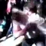 Videó: senki nem választotta szét a verekedő általános iskolásokat