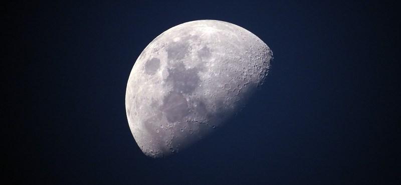 A NASA talált valamit a Holdon, nagy bejelentésre készülnek [frissítve]