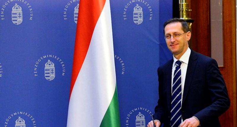 Varga Mihály: Legalább két fokozattal kellett volna felminősíteni Magyarországot