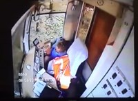 A fedélzeti kamera szépen megmutatta, mit csinált vezetés helyett az orosz villamosvezető