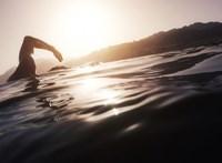 Legyőzte a mellrákot, majd átúszta a La Manche csatornát – négyszer