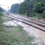 Újabb helyen állították le a vasúti forgalmat az áradás miatt