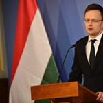 Az orosz szankciók ellen beszélt Szijjártó Szentpéterváron