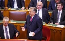 Oda költözik Orbán a Parlamentben, ahonnan kitiltották a sajtót