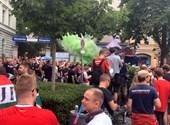 Elindultak a magyar szurkolók az Allianz Arénába – élőben jelentkezünk Münchenből a német-magyar mérkőzés előtt